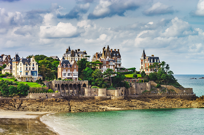 Balade architecturale en bord de mer –  Épisode 3 / Bretagne & Normandie